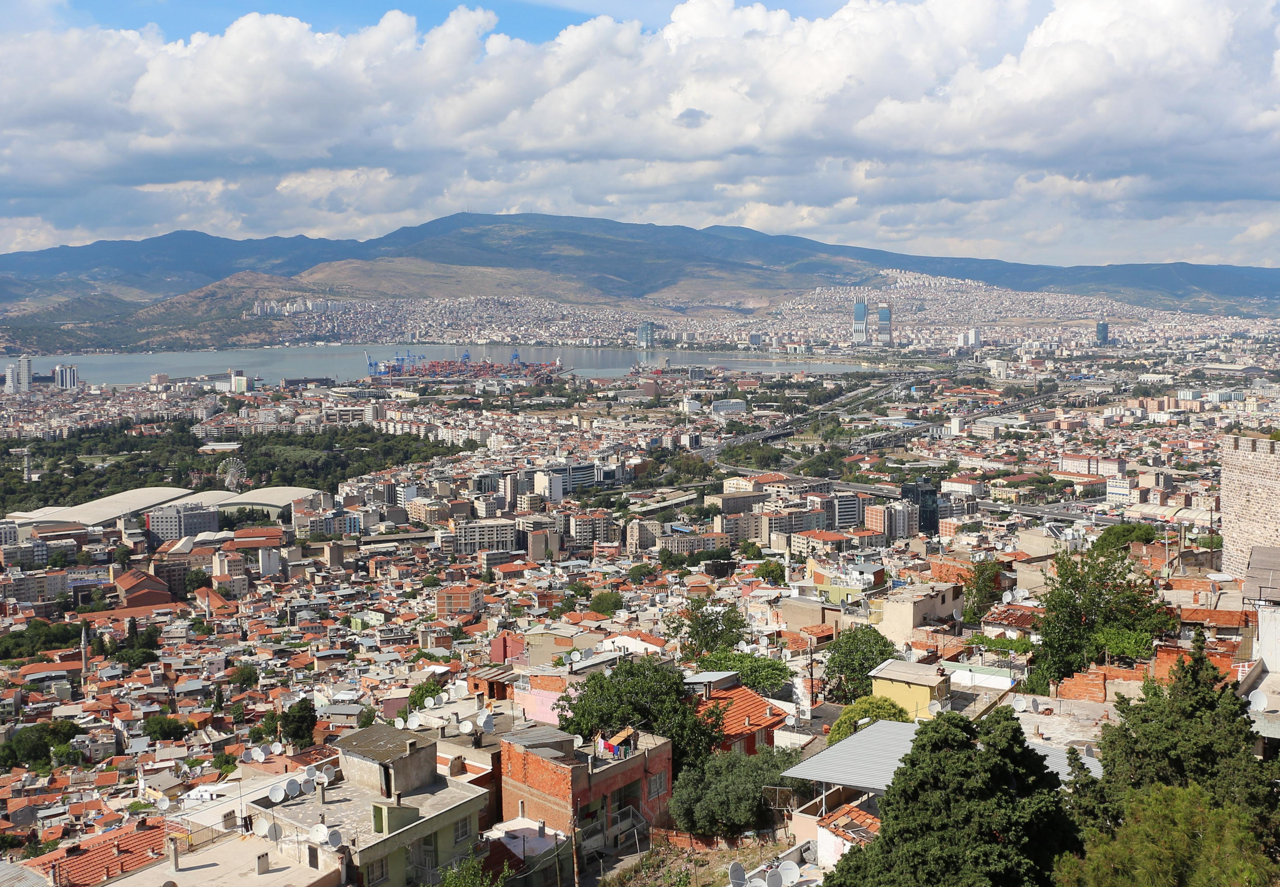 Vue de Izmir à partir de la citadelle de Kadifekale, Izmir, Turquie.Pic by Bernard Gagnon / CC BY-SA 3.0
